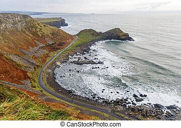 Giants Causeway coast - Photo of Giants Causeway coast in...