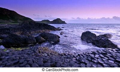 giant's, nördlich, aus, steinen, grafschaft,  antrim, irland, damm, bildung, Sonnenuntergang