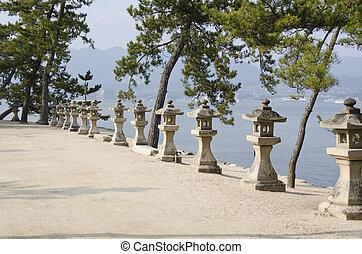 giappone, lanterne pietra, fila