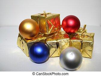 Gift boxes and bulbs