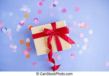 giftbox, white., aislado