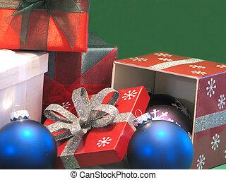 Gifts and Xmas Balls