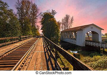Gilkey Covered Bridge over Thomas Creek