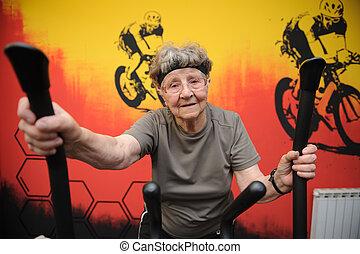 giltig äldre, kvinna, exercerande