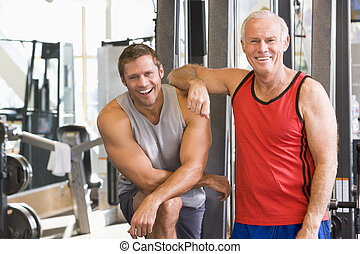 gimnasio, hombres, juntos