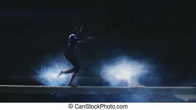 gimnastyk, feet, waga belka