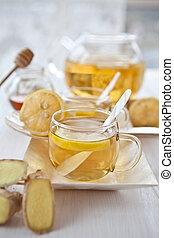 Ginger lemon tea and honey - Lemon tea with fresh ginger and...