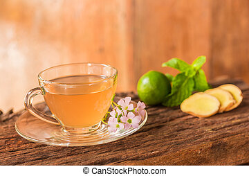 Ginger teacup with green lemon