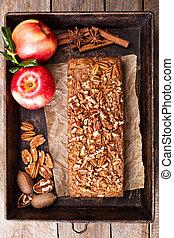 Gingerbread apple loaf cake