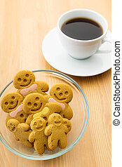 Gingerbread man with drink