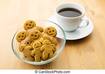 Gingerbread men and coffee