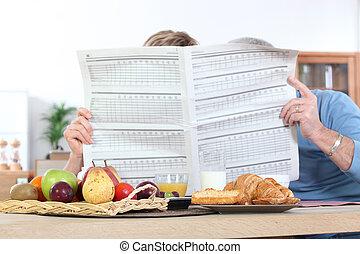 giornale, coppia, lettura, sopra, colazione