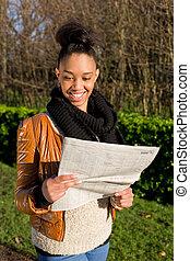 giornale, donna, parco, giovane, lettura