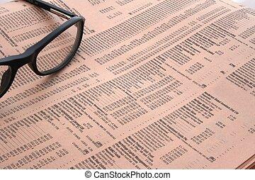 giornale, occhiali