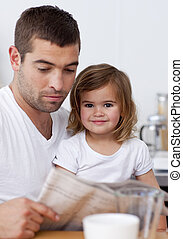 giornale, padre, suo, figlia, lettura