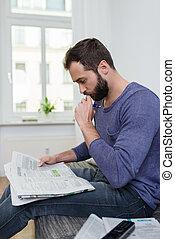giornale, pensieroso, lettura, equipaggi seduta