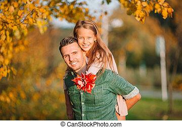 giorno, babbo, parco, capretto, famiglia, autunno, bello