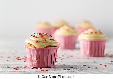 giorno valentines, cupcakes, decorato, con, cuori