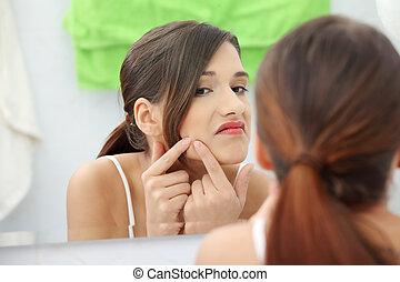 giovane, adolescente, donna, con, pimple