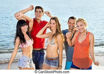 giovane, amici, godere, spiaggia, su, estate