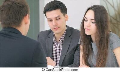 giovane, attraente, coppia, consulta