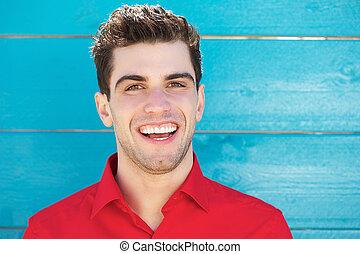 giovane, attraente, fuori, ritratto, uomo sorridente