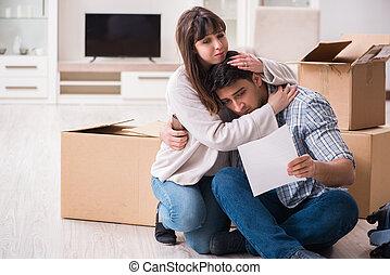 giovane coppia, ricevimento, preclusione, avviso, lettera