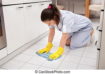 giovane, domestica, pulizia, pavimento