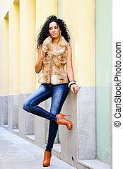 giovane, donna nera, modello, di, moda