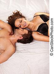 giovane, e, donna, in, bed., coppia.
