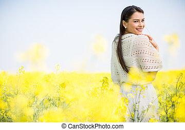 giovane, in, il, primavera, campo