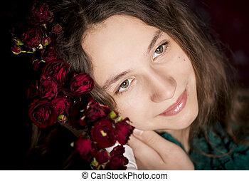 giovane, presa a terra, ritratto, ragazza, fiori, rosso