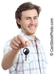 giovane, presa a terra, uno, auto a noleggio, chiave