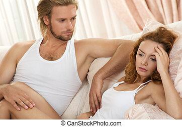 giovane, scombussolare, coppia, detenere, problema