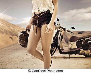 giovane, viaggio, motocicletta, donna