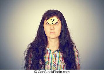 girl, à, a, point interrogation, sur, elle, front