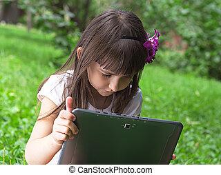 girl, à, pc tablette