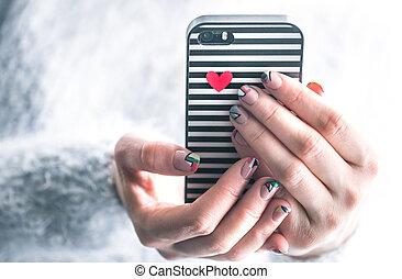 girl, à, téléphone, dans, mains