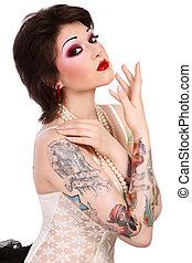 girl, à, tattooes