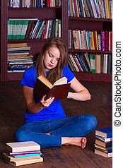 girl, assied, bibliothèque, plancher