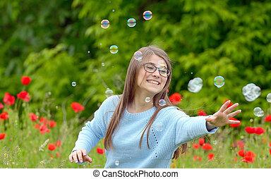 girl, attraper, bulles, savon