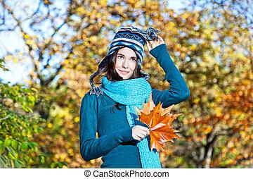 girl, autumn-day, feuilles, ensoleillé, beau