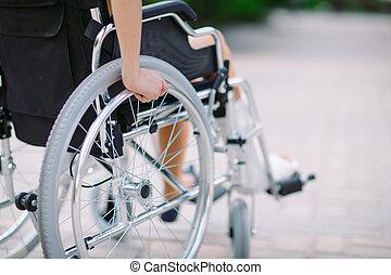 girl, cassé, wheelchair., jambe, assied