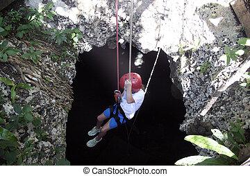 girl, caverne, rapelling