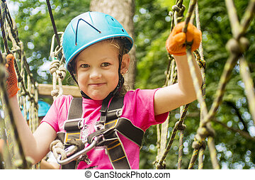 girl, cinq, forêt, rope-way, année