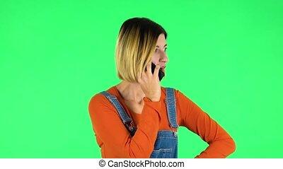 girl, colère, proves, vert, écran, something., téléphone, parle