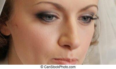 Girl doing bridal makeup