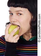 girl eating a apple