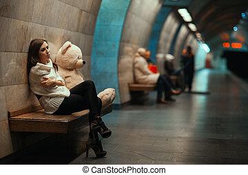 girl, est, triste, séance, sur, les, bench.