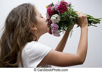 girl, fleurs, sentir